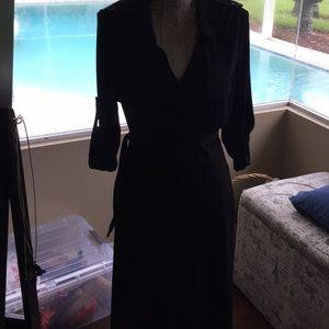 Max studio trench coat style dress black!
